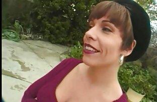 Linda morena da un footjob y obtiene una gran polla peliculas de porno español latino negra