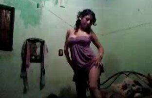 Ashley Adams adora jugar con xxx español latino gratis su coño