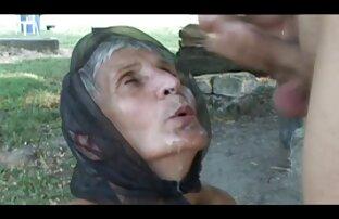 Chica xxx latino español rubia baila y muestra cuerpo en cámara - colección
